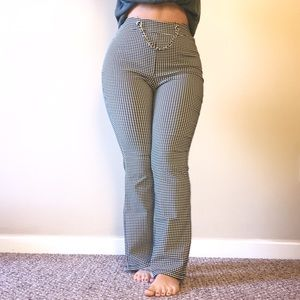 LIKE NEW High waisted black & white gingham pants